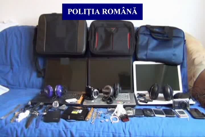bijuterii-si-electronice-furate-3