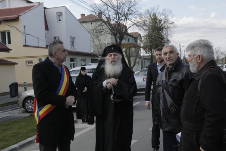 Mitropolitul Batatul vizita Giroc (81)