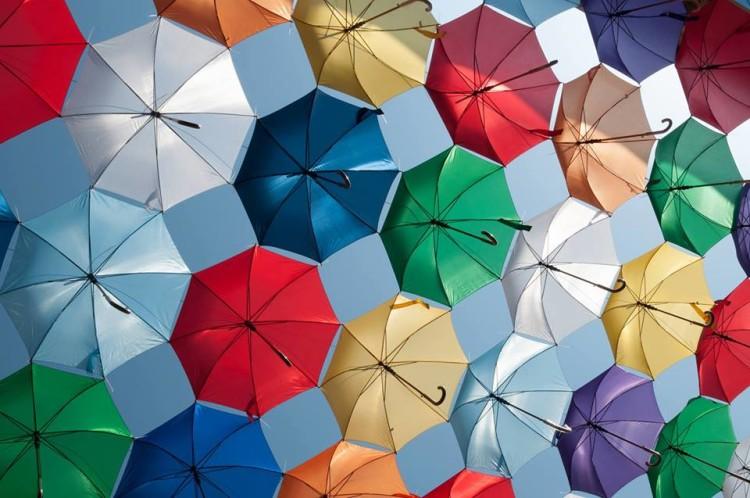 umbrele strada