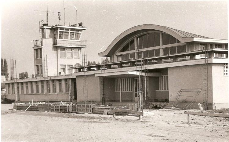 1965Constructie aeroport