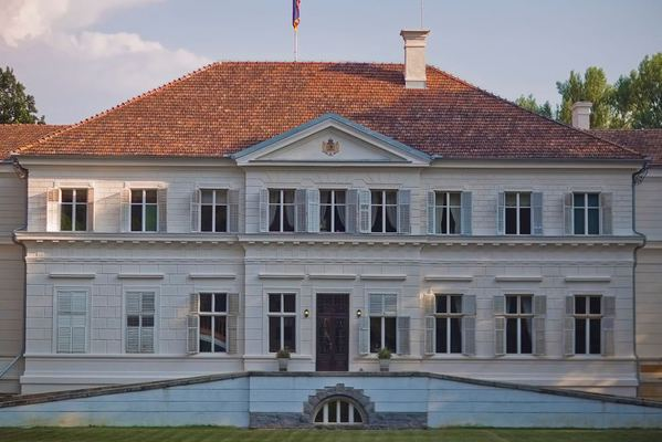castelul Savarsin