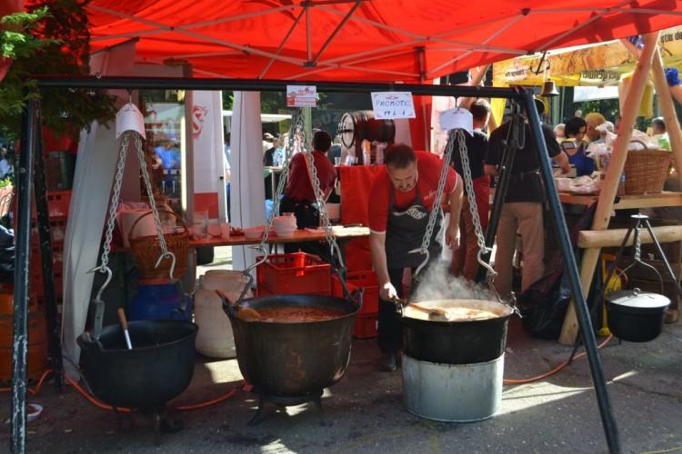 festival-papricas-vin-buzias-parc